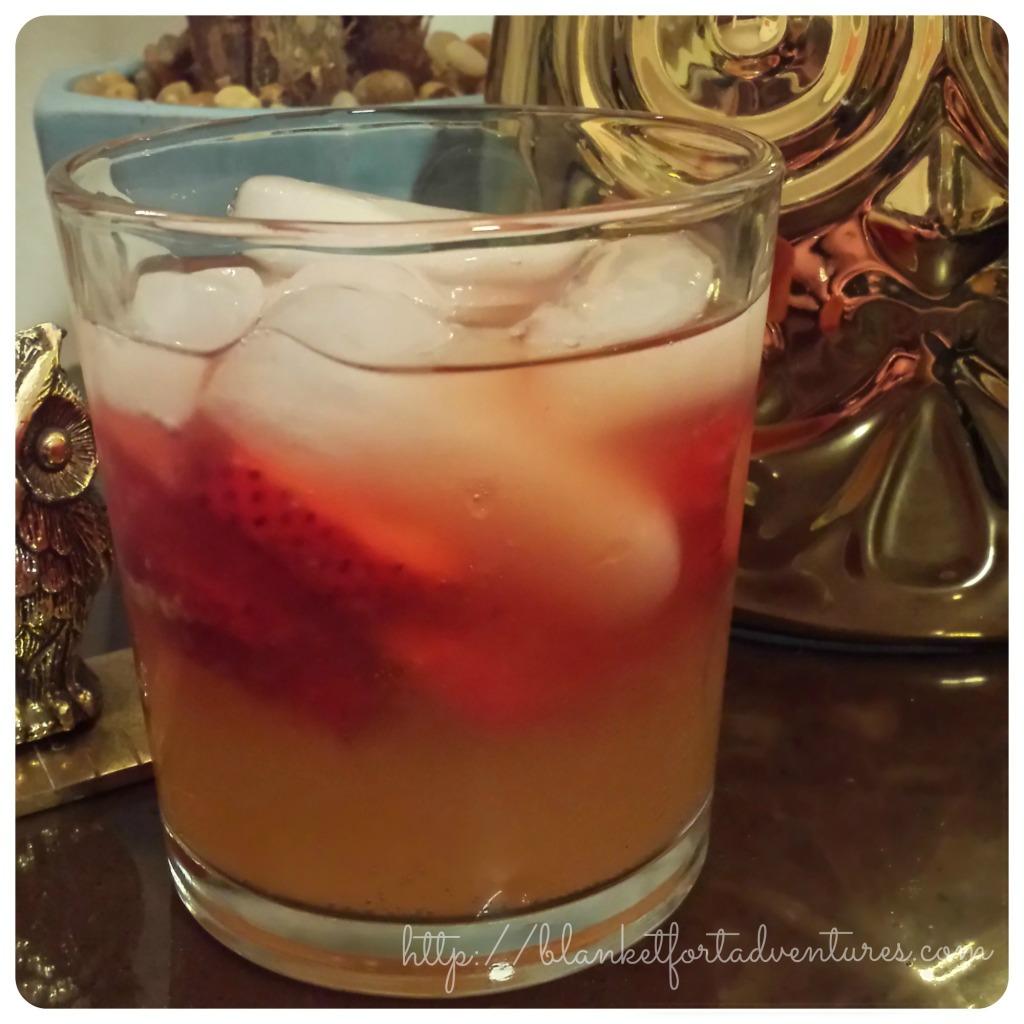 Berry Ginger Cosmopolitan – Vita Frute Cocktail Review