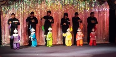 rainbow marionettes